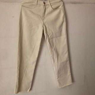 Genquo米白微刷破褲子(含運)
