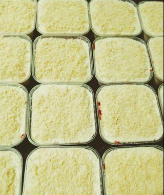 Red Velvet Cheese Leleh Cake