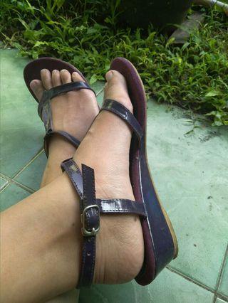 #Bapau Sepatu Sendal Decent