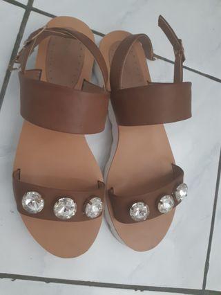sandal bellagio