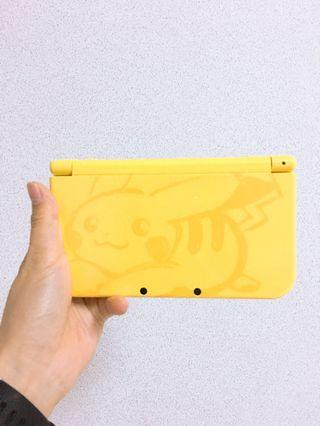 NEW Nintendo 3Ds XL Pikachu Limited Edition