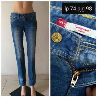 #BAPAU levis jeans