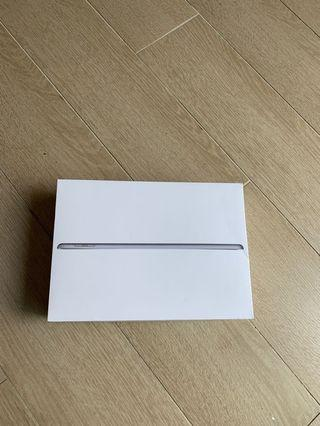 iPad 6th Gen 128gb Empty Box