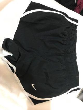 🚚 Nike短褲