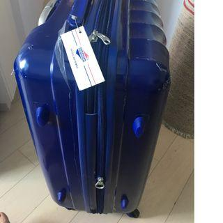 Brand new under film AMERICAN TOURISTER LUGGAGE 65 BLUE