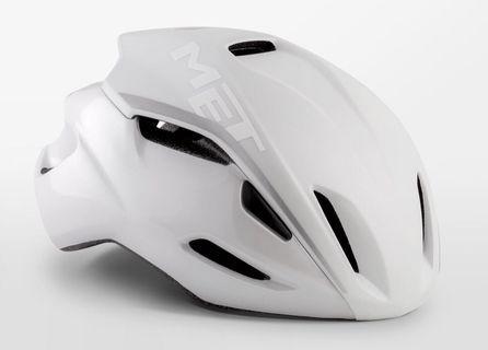MET Manta Helmet M size