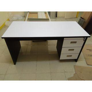office freestanding table