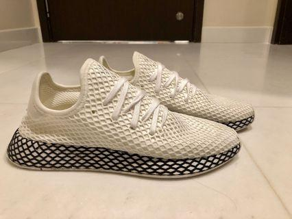 New new Adidas Deerupt shoes for sale!