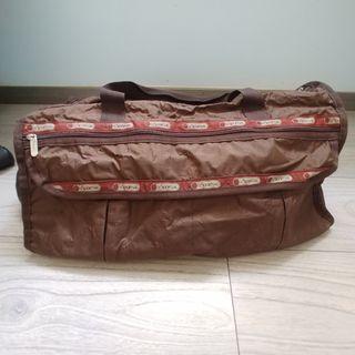 Lesportsac 啡色超大容量旅行袋. ( 最大size嗰隻)