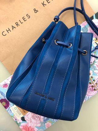 🚚 Charles&keith 新加坡品牌
