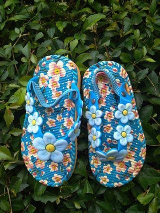 #Bapau Sandal anak perempuan