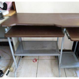 電腦桌(搬家出清)