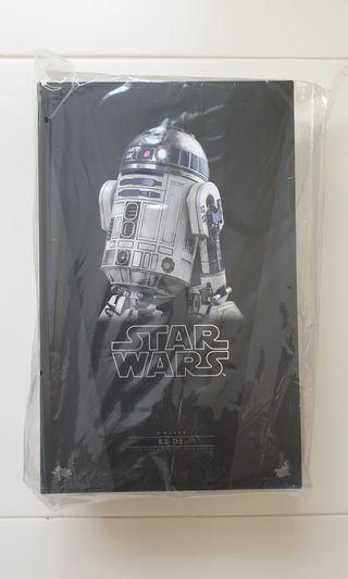 MMS 408 Hot Toys R2D2 The Force Awaken