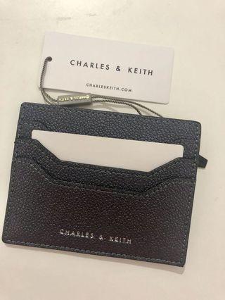 🚚 Charles & Keith - Zip Card holder