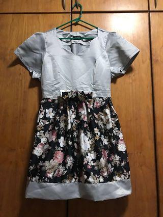 🚚 Floral Dress XXL UK18 - UK22