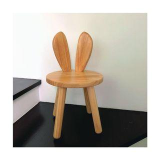 🚚 Bunny ears chair