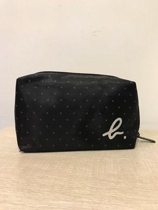 CX x Agnes b Business class overnight make up bag 全新國泰航空商務艙過夜化妝包