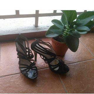 Renoma black heels