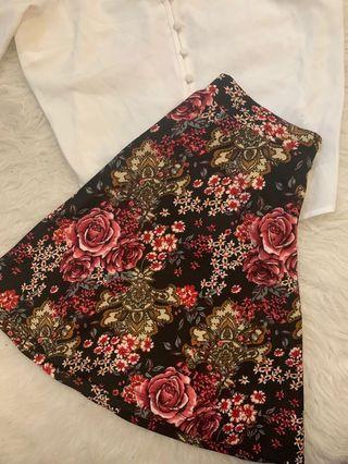 ‼️Forever21 Floral Skater Skirt