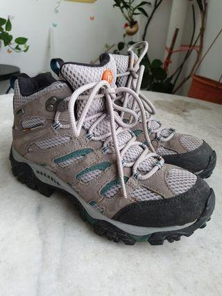 Merrell Moab Mid Gore Tex Waterproof Hiking Shoes Boots (Women)