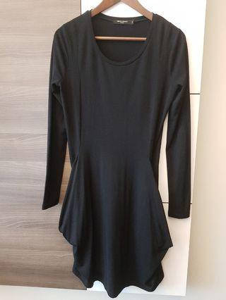 G2000 ladies long sleeve black dress