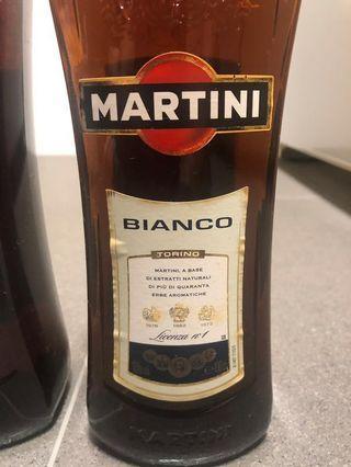 🚚 Martini Bianco