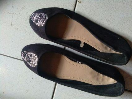 #BAPAU Flatshoes hitam