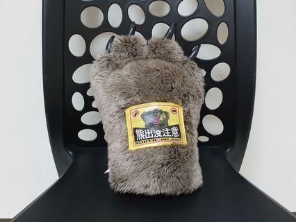 熊爪 熊出沒抱枕 手套 限面交