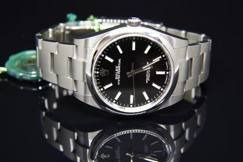 ROLEX 114300 black dial