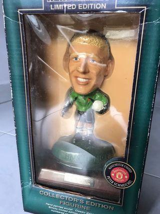 🚚 Limited Edition Peter Schmeichel Figurine
