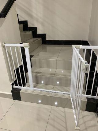 Safety gate + 2 extension (Safety First brand)