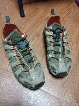 戶外萬用鞋、功能鞋、涼鞋  義大利品牌 28cm