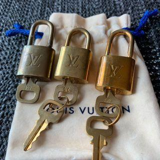 LV classic lock 🔐 and keys