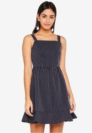 🌟BNWOT Zalora Flare Hem Dress in Dark Blue with White Stripes