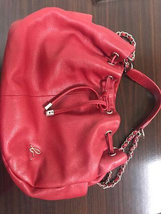 Angus b. real leather handbag in red