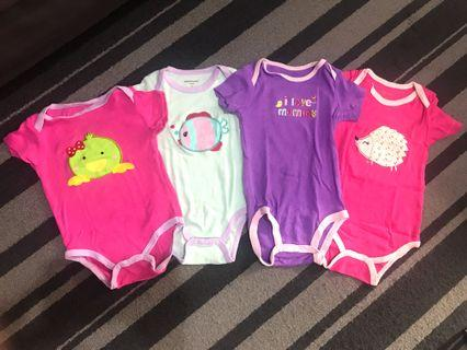 Carters jumper paket (2 jumper ukuran sampai 9 bulan, 2 jumper ukuran sampai 12 bulan)