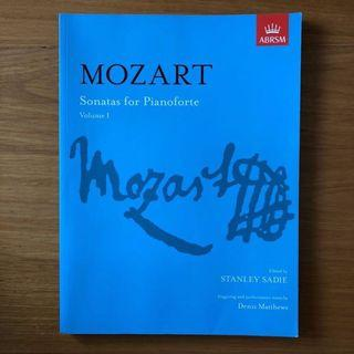 Mozart Sonatas for Pianoforte Volume 1 琴書