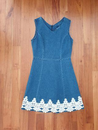 Demin dress with floral