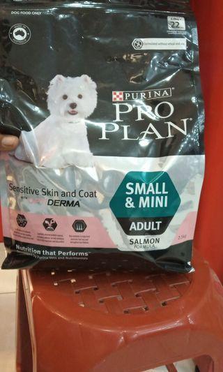 """DOG FOOD """"Pro Plain"""""""
