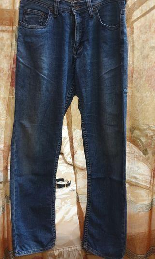 Preloved Jeans Nevada Pria Ukuran 32