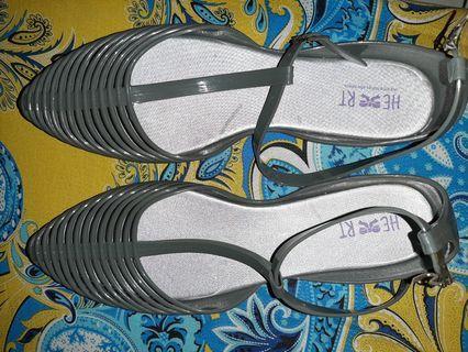 Flatshoes abu abu