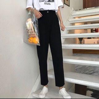 🚚 high mid waisted pants