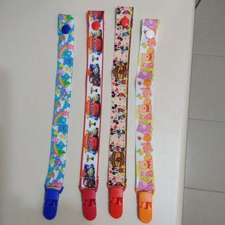 PACIFIER HOLDER / CLIP