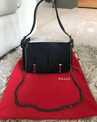 Pre❤Bally Small Black, Size 22 x 14 x 6 Cm, with DB & Chain Strap for Fun ||
