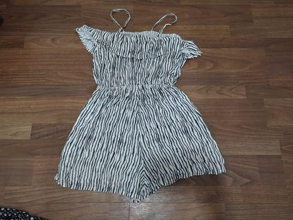 🚚 WARDROBE CLEARANCE Rompers and Dresses
