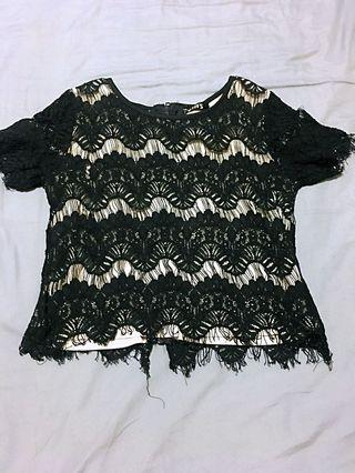 🚚 Lace top