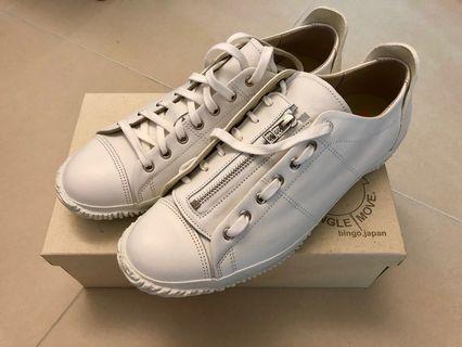 全新Spingle Move白色sneaker (made in Japan)