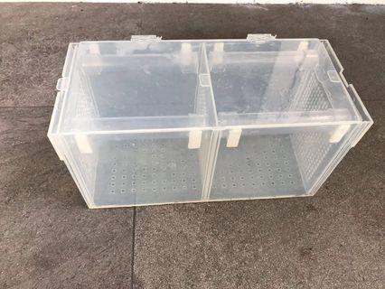 Quarantine / isolation / breeder/ acclimatise box
