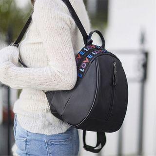 Backpacks (No.75)