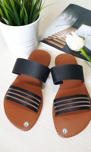 Slippers/Sandals